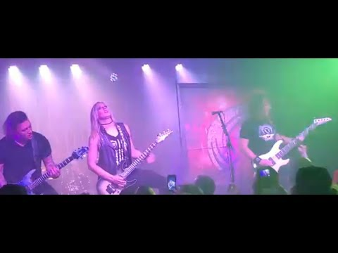 MEGADETH's David Ellefson and Nita Strauss covered Iron Maiden's Aces High ..!