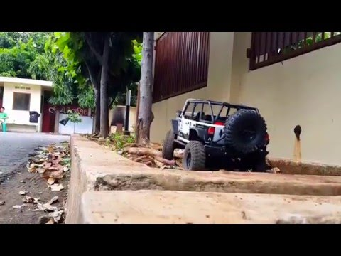 RC Adventure AXIAL SCX10 Rubicon exploring test front of my house. JAKARTA - INDONESIA