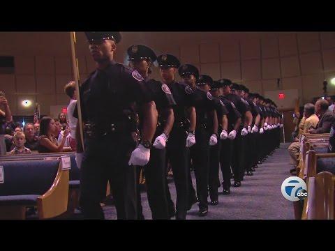 New Detroit Police Department Recruits Sworn In