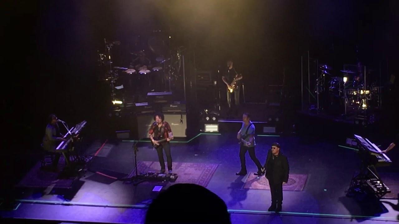 Toto LIVE 2018 - Rosanna - Vancouver BC - The Centre - 07/30/18 ...