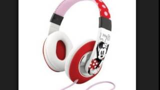 eKids Minnie Mouse Over the Ear Headphones with Volume Control by iHome DM M40