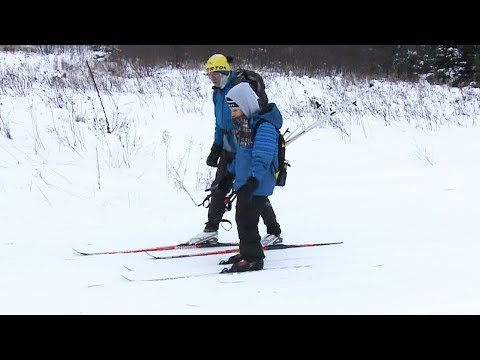 Embracing winter: Syrian refugees in Ottawa learn to ski