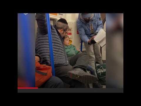 مسلمة تدافع عن عائلة يهودية
