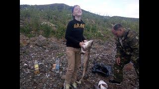 Рыбалка на треску Сахалин. По три штуки за раз). Рыба Фугу. Холмск 2017.