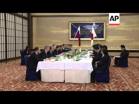 Russian FM Sergei Lavrov and Japanese counterpart Fumio Kishida discuss territory dispute