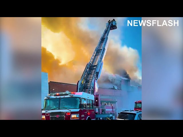 Firefighters Tackle Massive Blaze In Idaho