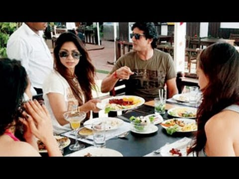 Tanisha Armaan's UNSEEN NEW YEAR PICTURES -- Bigg Boss 7 CONTESTANTS PARTY !!! Travel Video