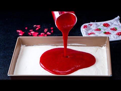 ajoutez-simplement-des-fraises-à-un-gâteau-qui-a-rendu-fou-tout-un-pays!|-savoureux.tv