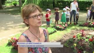 Voisins-le-Bretonneux : l'heure de jardiner !