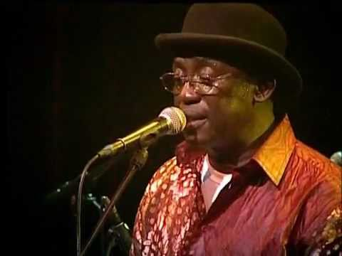 Orchestra Baobab - Ndeleng Ndleleng live at Paradiso