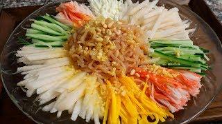 Jellyfish Salad (Haepari-Naengchae: 해파리냉채)