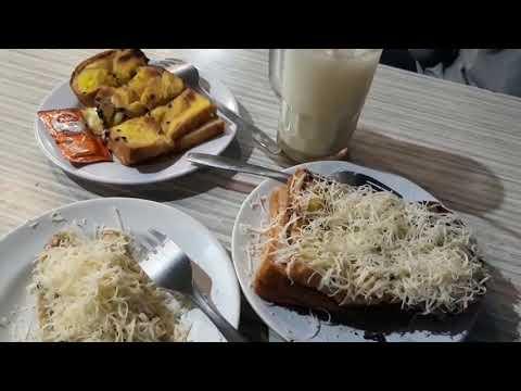 gak-pernah-sepi!!!-roti-bakar-beverly-hills-terenak-di-jogja---kuliner-malam-jogja-street-food