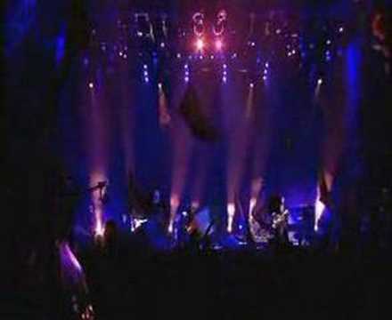 Coldplay - Everything's Not Lost - Glastonbury 2005