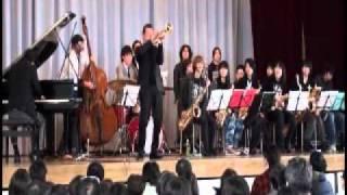2011.0403 東日本大震災チャリティーコンサート(世田谷区桜丘中学校)で...