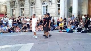 Spectacle de rue des DDM à Avignon