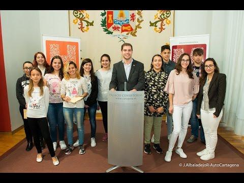 miguel-Ángel-ortiz-y-luis-leante-ganadores-de-los-premios-mandarache-y-hache-2017