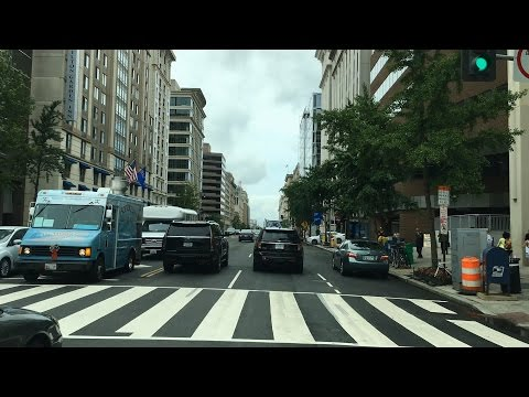 Driving Downtown - 14th Street - Washington DC USA