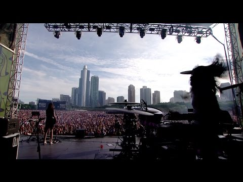 Silversun Pickups - Panic Switch (Live at Lollapalooza 2016)