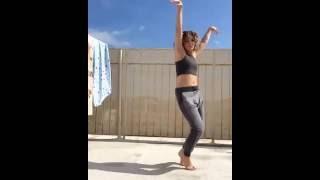 Camren Bicondova sexy dance