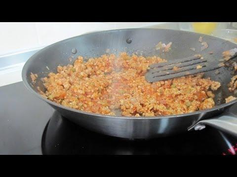 Onion Tomato Sauce Minced Pork (Atkins Diet Recipe) | Dietplan-101.com