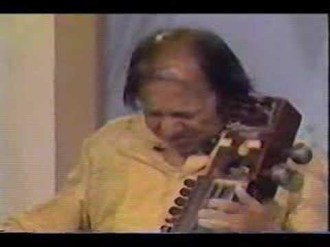 Raga Barwa (2 of 2) - Pandit Ram Narayan (sarangi)