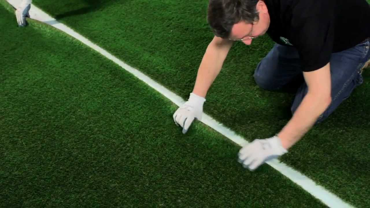 Diy Artificial Grass Installation How To Complete A Join