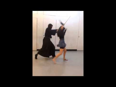 Sword Fighting: Samurai and Ninja Girl