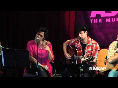 "Claudia Brant - ""No Me Doy Por Vencido"" @ ASCAP EXPO"