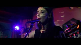 Nessi Gomes - Long Way Home @ Szimpla Kert