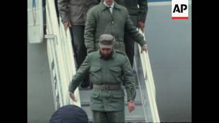 Fidel Castro stops in Peru en route home after 25 days in Chile