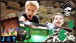 Mystery Pirate Treasure Hunt In Slime / Jake and Ty