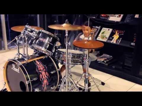 Beraksi - Kotak Band (Drum Cover By Kevin Wijanarko, 5 Years Old)