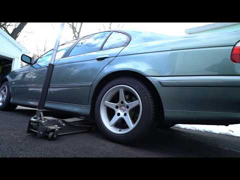 E39 BMW Rear Sway Bar Link Removal and Replacement DIY
