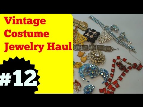 e68fc3c71ee32 Vintage Costume Jewelry Haul #12 - December 2016 - Brooches & Sets