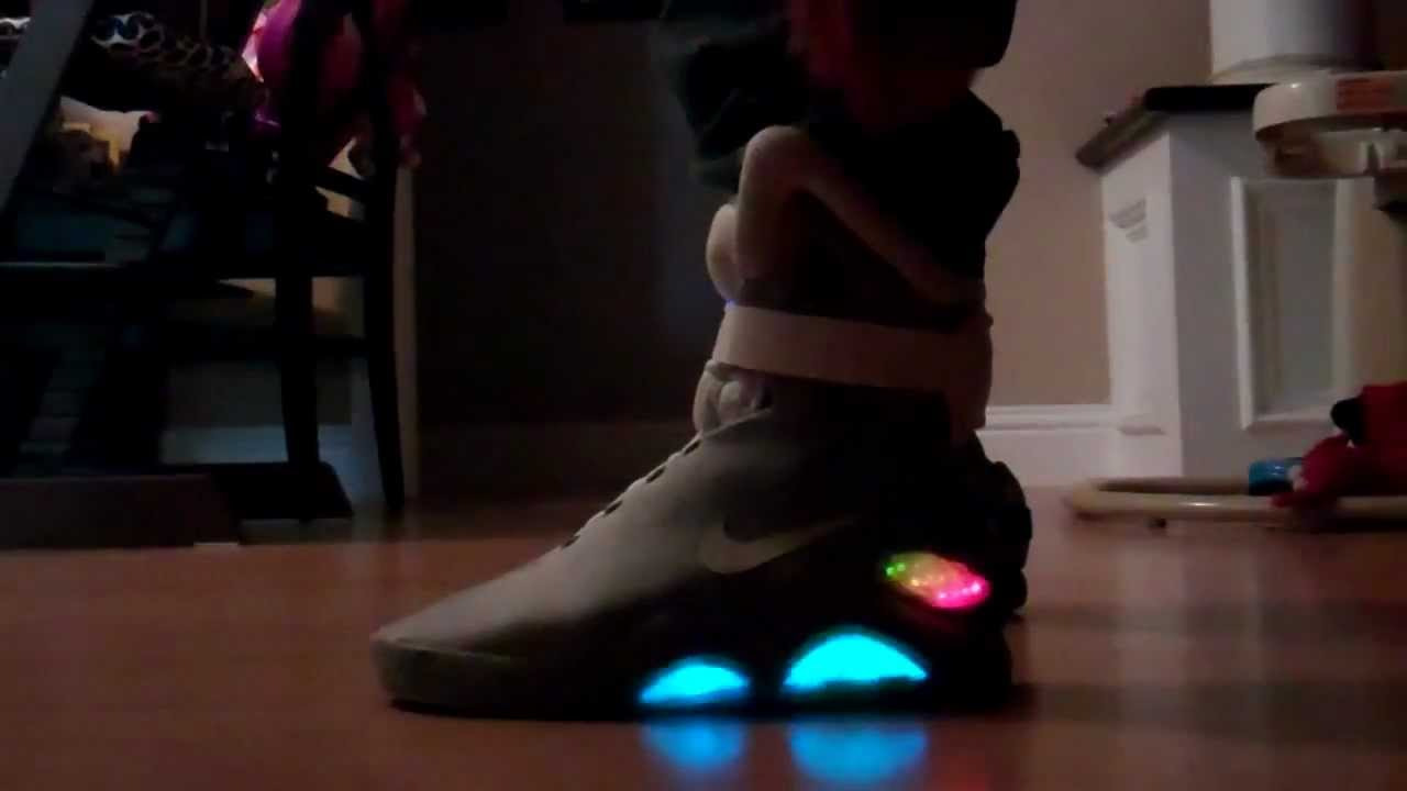 newest collection 7bbc3 62efe Back To The Future Nike Air Mags 2015 (upgraded version) - Y