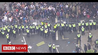 """PM condemns """"racist thuggery"""" as far-right protesters clash with police - BBC News"""