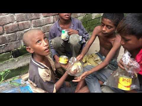 অবহেলিত শিশুরা ড্যান্ডি খায় ║ Neglected children eat dandy ║MIRPUR 12 DHAKA║ RASEL JUKTIBADI