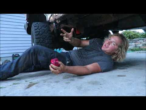 CHANGING OIL IN 1995 FORD F250 WITH 7.3 POWERSTROKE TURBO DIESEL