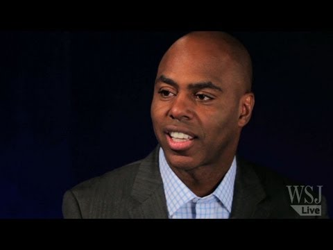 Insider Co-Host Kevin Frazier Reunites w/ Son