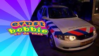 De Gestolen Politieauto • Avonturen Bij de Politie • Ernst en Bobbie