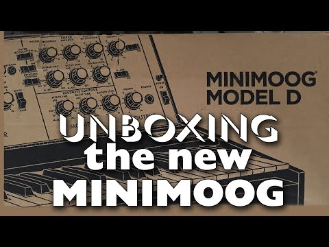 UNBOXING and PLAYING the New Minimoog Model D!