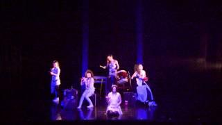 和太鼓 TAIKO GIRLS 東京 TOKYO 山田ケンタ作曲.