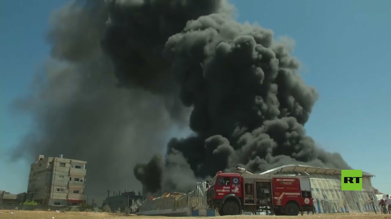 حريق هائل في مصنع الطلاء في رفح  - نشر قبل 26 دقيقة