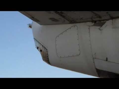 737 apu start