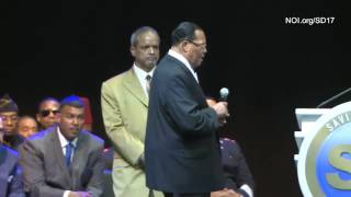 Farrakhan Warns President Trump About Sending Troops Into Chicago! [2017]