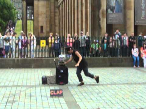 Crazy Mr J, The Mound, Edinburgh Festival Fringe 11-08-12.MOV