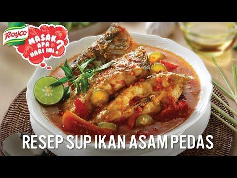 Membuat Resep Sup Ikan...