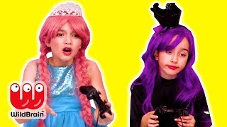 PRINCESS VIDEO GAME COMPETITION 🎮 Malice Cheats! - Princesses In Real Life | WildBrain Kiddyzuzaa