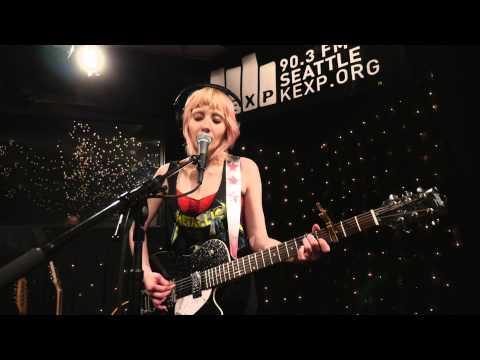 Jessica Lea Mayfield - No Fun (Live on KEXP)