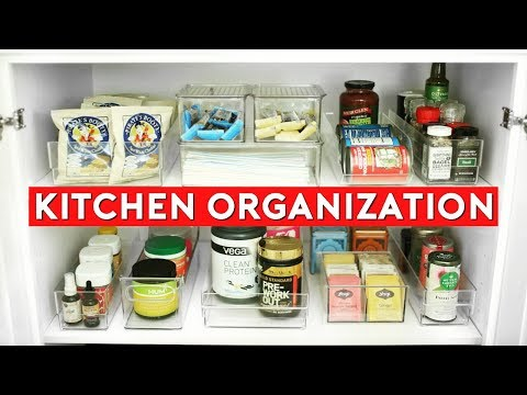 KITCHEN ORGANIZATION IDEAS! 🍴 SMALL KITCHEN STORAGE TIPS